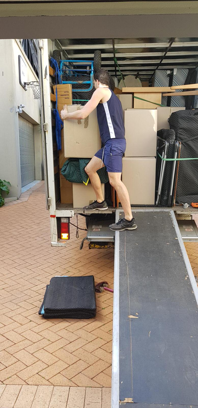 Sydney-to-Coffs-Harbour-removals-Streamline-Movers-portrait02